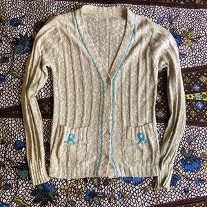 Vintage tan cardigan blue details